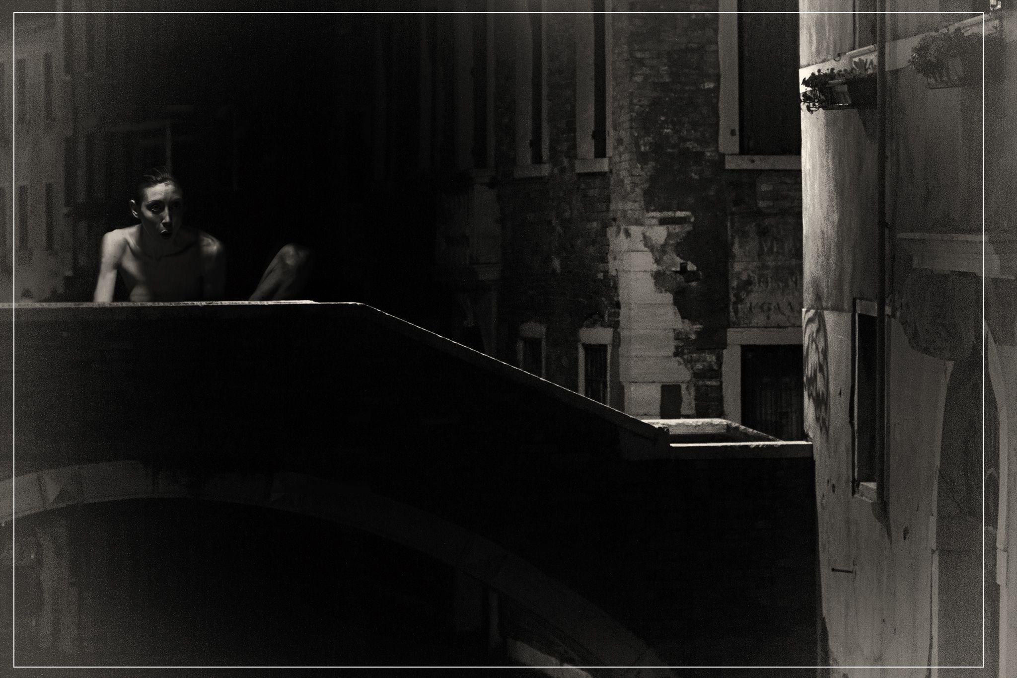 <img src=https://www.urukweb.com/2020/hakarproject/expo/p/20v.jpg><br><br>x